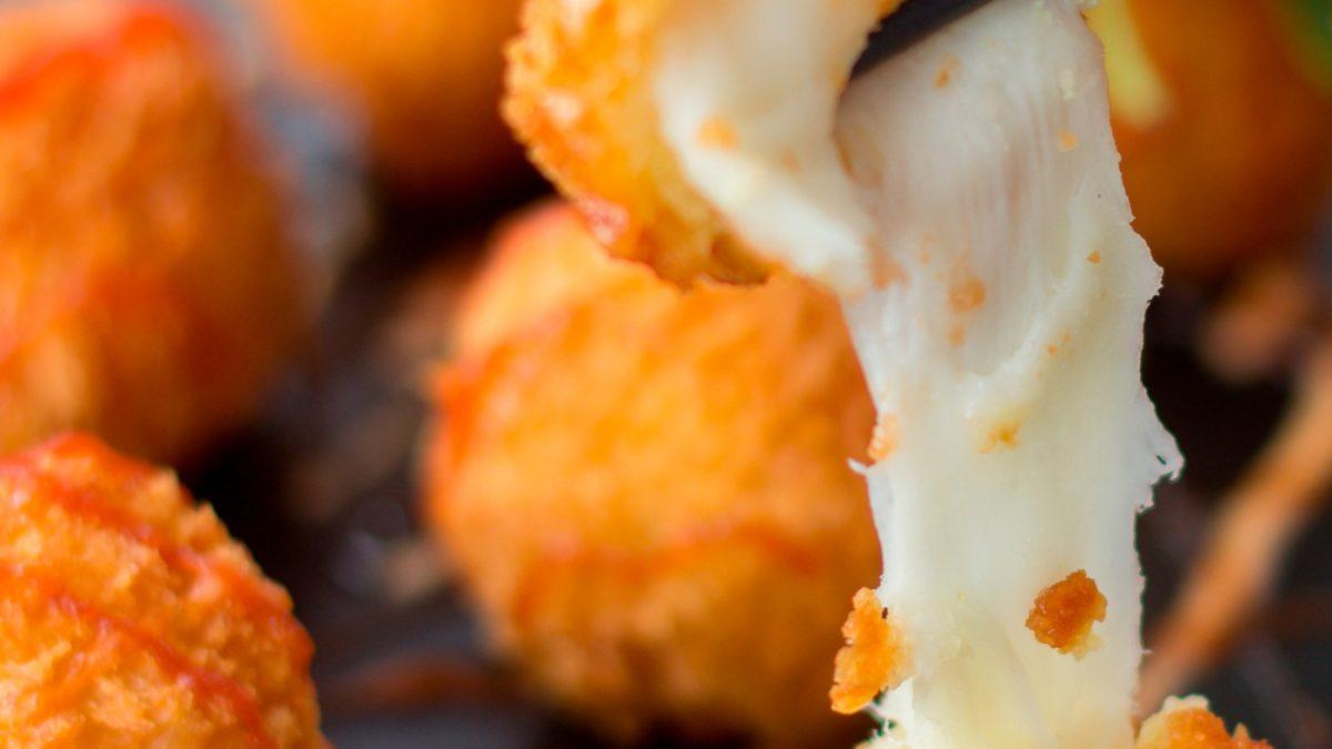 Bolinhas de queijo fit com manteiga ghee