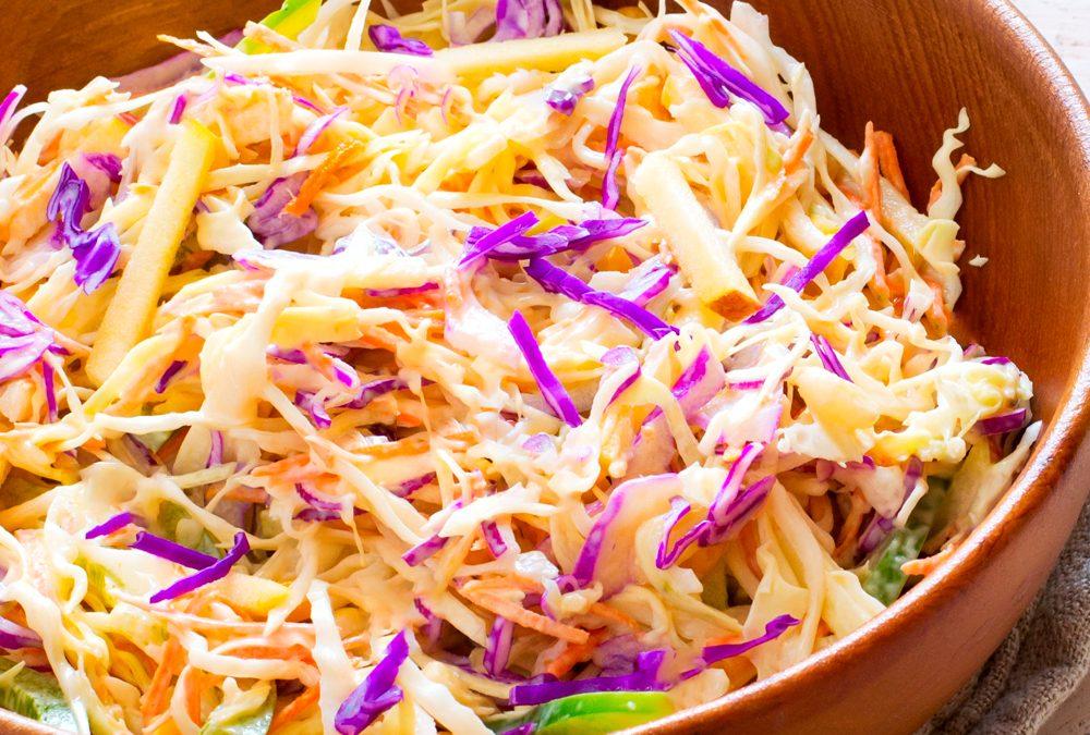 Salada de coleslaw com molho